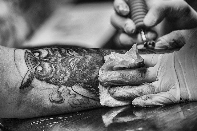 Tatuaż Sowa na ręce