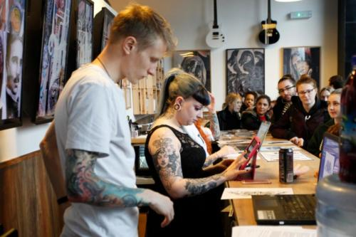 Salon tatuażu od zaplecza